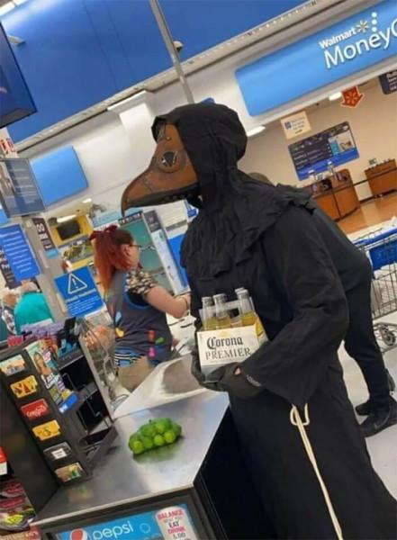 Мем: Вот так нужно ходить в магазин за пивом, Jethro
