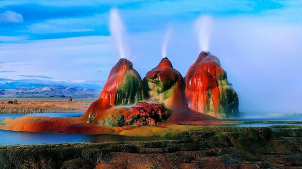 Мем: Чудо природы - гейзер Флай, Невада, США.